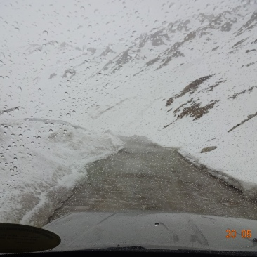 On the Way to Khardungla