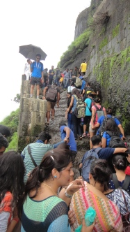 The rush of Trekkers on the Darwazas